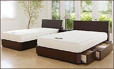 ベッド 日本